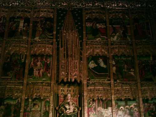 Retablos dentro de la Catedral de Astorga. - Se abre en una nueva ventana