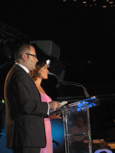 Presentadores de la III Gala Sociedad de la Información: María José Suárez y Pachi Poncela - Se abre en una nueva ventana