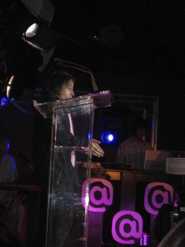 Actuación en el comienzo de la Gala - Se abre en una nueva ventana