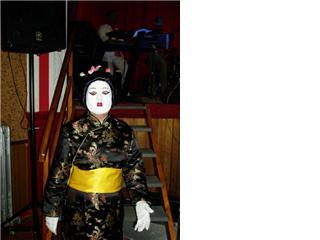 Disfraz de china en negro y amarillo - Se abre en una nueva ventana