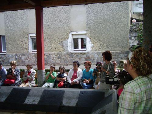 Publico asistente a la inauguración del lavadero - Se abre en una nueva ventana